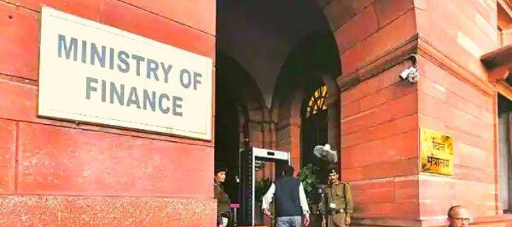Finance Ministry releases Revenue Deficit Grant of Rs 9,871 crore to 17 States